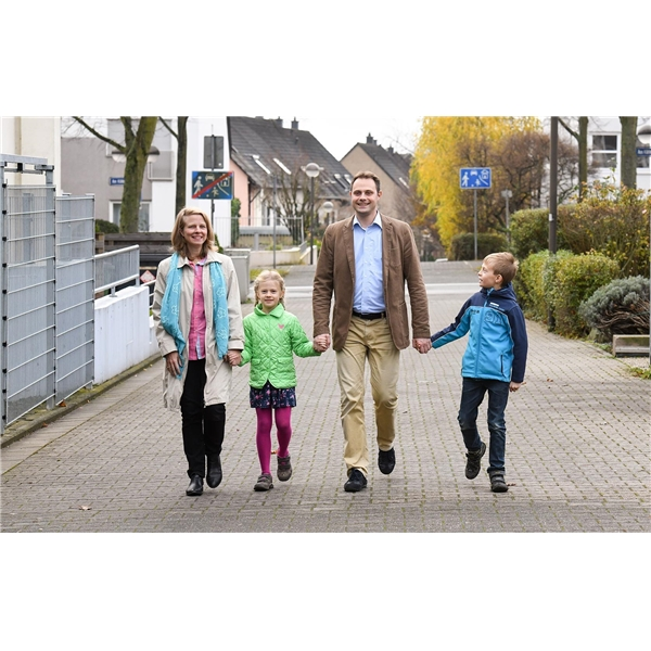 familien und erholungshilfe caritasverband f r die di zese regensburg e v. Black Bedroom Furniture Sets. Home Design Ideas