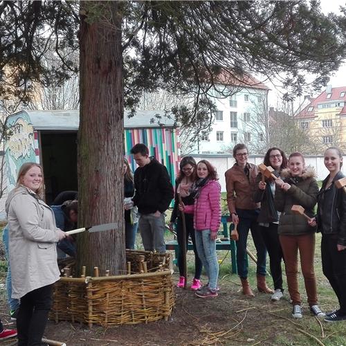 Rettet den schulgarten caritasverband f r die di zese for Raumgestaltung regensburg